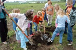 JCS garden groundbreaking 3-medres