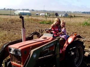 kids w:tractor-JCS garden 9:09